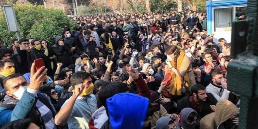اللوبي-الإيراني-في-أميركا-يصطف-ضد-المتظاهرين