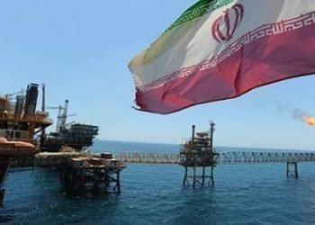 كيف يهرب نظام الملالي النفط