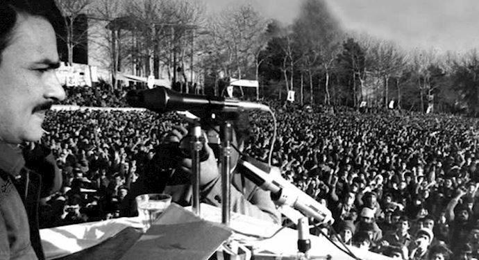 سير التحولات في الثورة الشعبية ضد الشاه