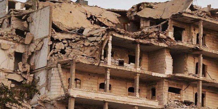 اعترافات دموية.. كيف قمعت قوات حرس النظام الإيراني احتجاجات الشعب السوري؟