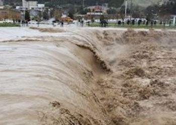 الفيضانات في إيران.. 11 ضحية لحد الآن وقرى في محاصرة السيول والفيضانات