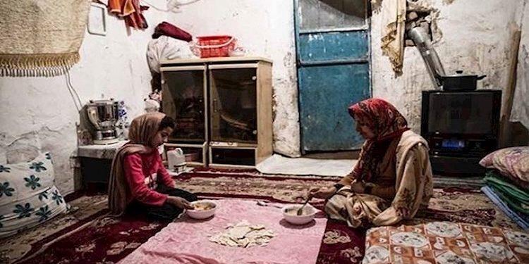 مركز الإحصاء مالايقل عن 60 بالمائة من الشعب الإيراني تحت خط الفقر