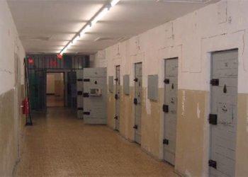مياه الشرب الموحلة ومرض السجناء في سجن كرج المركزي