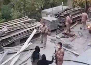 إيران - اعتقالات واسعة النطاق لسكان قرية في باوه من قبل قوات أمن النظام