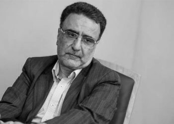 إيران- عنصر سفاح في المخابرات في الثمانينات يدعو إلى إزالة مبدأ ولاية الفقيه من الدستور