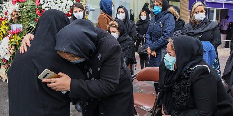 كارثة كورونا في إيران: عدد الضحايا في 480 مدينة يتجاوز 219200 شخص