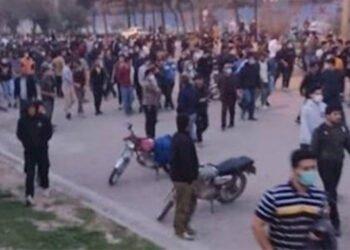 مواجهات بين مواطني مدينة كنبد كاووس و الشرطة