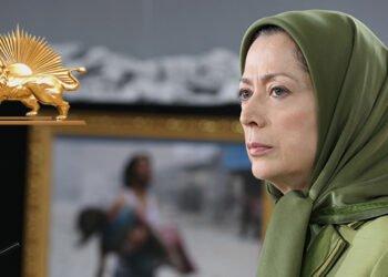السيدة مريم رجوي ترحب بفرض عقوبات على قادة النظام المجرمين