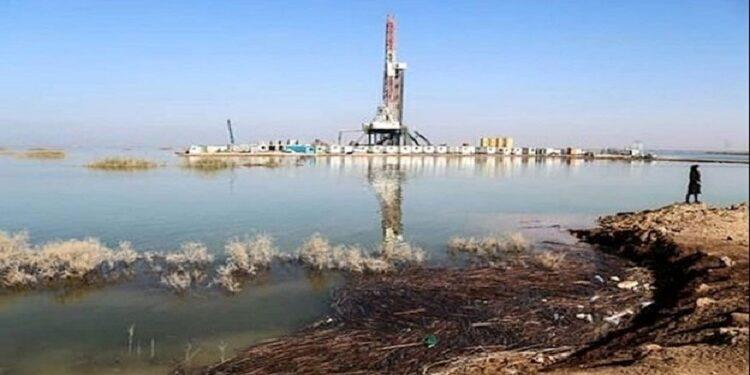 صينيون يجففون هور العظيم ويبدأون باستخراج النفط من العراق